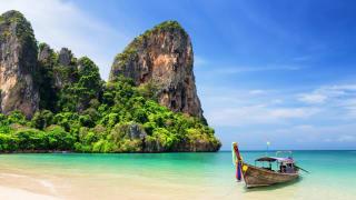 Longtail Boot, Railay Beach in Krabi, Thailand
