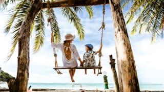 Familienurlaub am Strand, Thailand