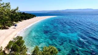 Strand von Bol, Dalmatien, Kroatien