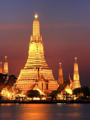 Wat Arun, Bangkok, Thailand © Tourism Authority of Thailand
