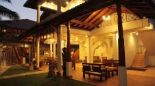 Wunderbar Beach Club Hotel