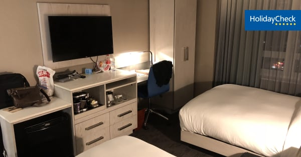 angebote doubletree by hilton hotel new york times. Black Bedroom Furniture Sets. Home Design Ideas