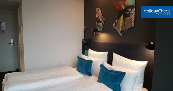 angebote motel one berlin alexanderplatz berlin mitte. Black Bedroom Furniture Sets. Home Design Ideas