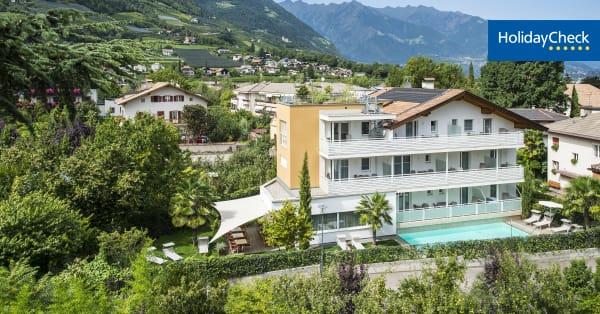 Hotel petra lana holidaycheck s dtirol italien for Hotel in lana sudtirol