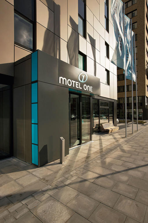 motel one hamburg alster in hamburg holidaycheck. Black Bedroom Furniture Sets. Home Design Ideas
