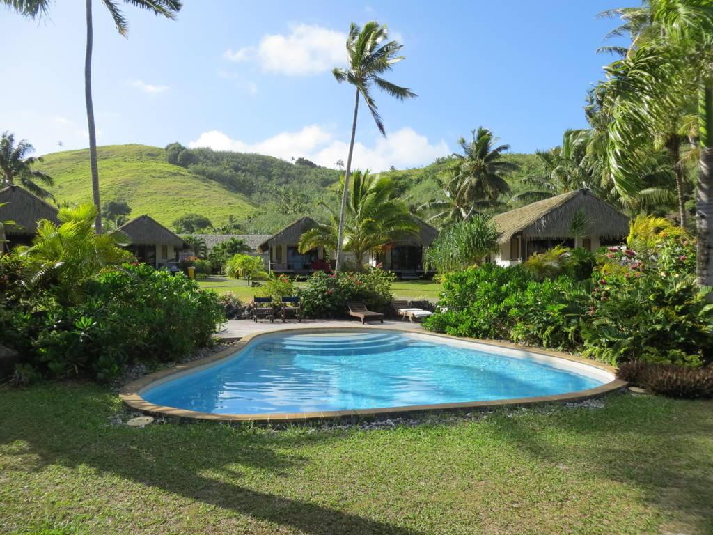 Tamanu Neach Cook Islands