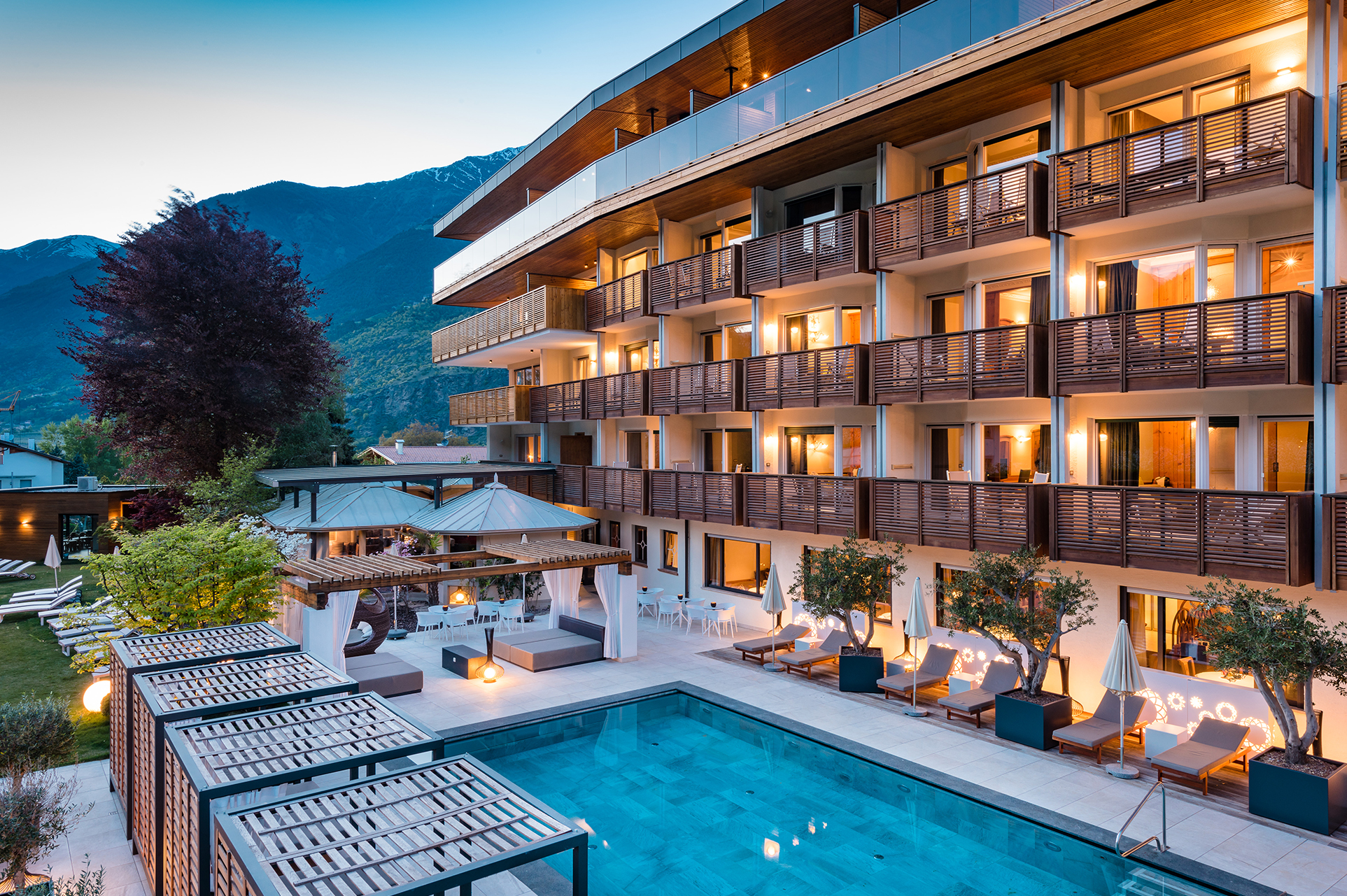 Hotel paradies in laces latsch holidaycheck s dtirol for Design hotel 5 sterne