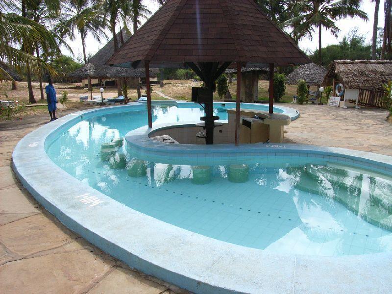 Hotel eden roc in malindi holidaycheck provinz coast kenia for Gartenpool angebote