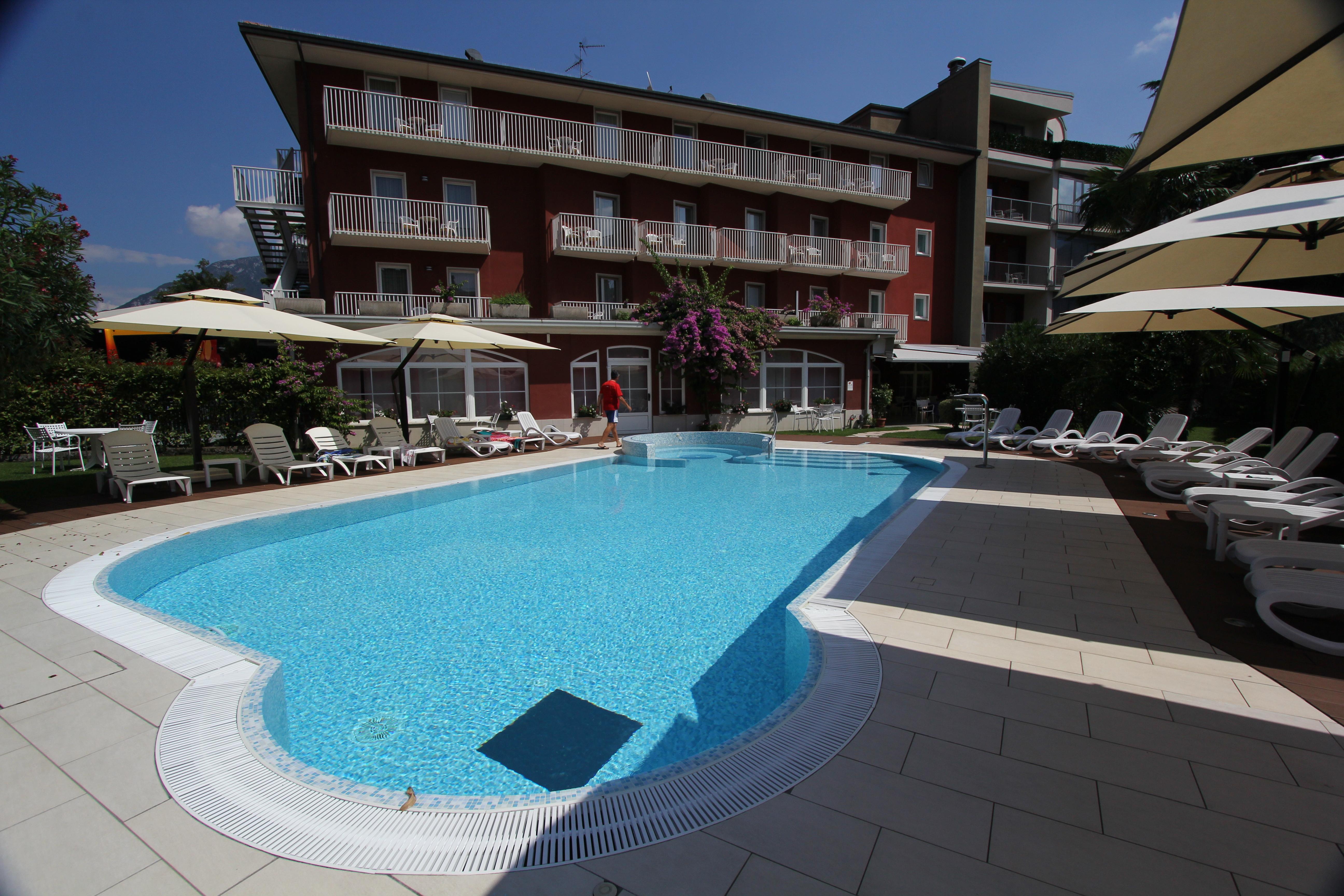 Hotel Villa Rosa In Torbole Holidaycheck Trentino Italien
