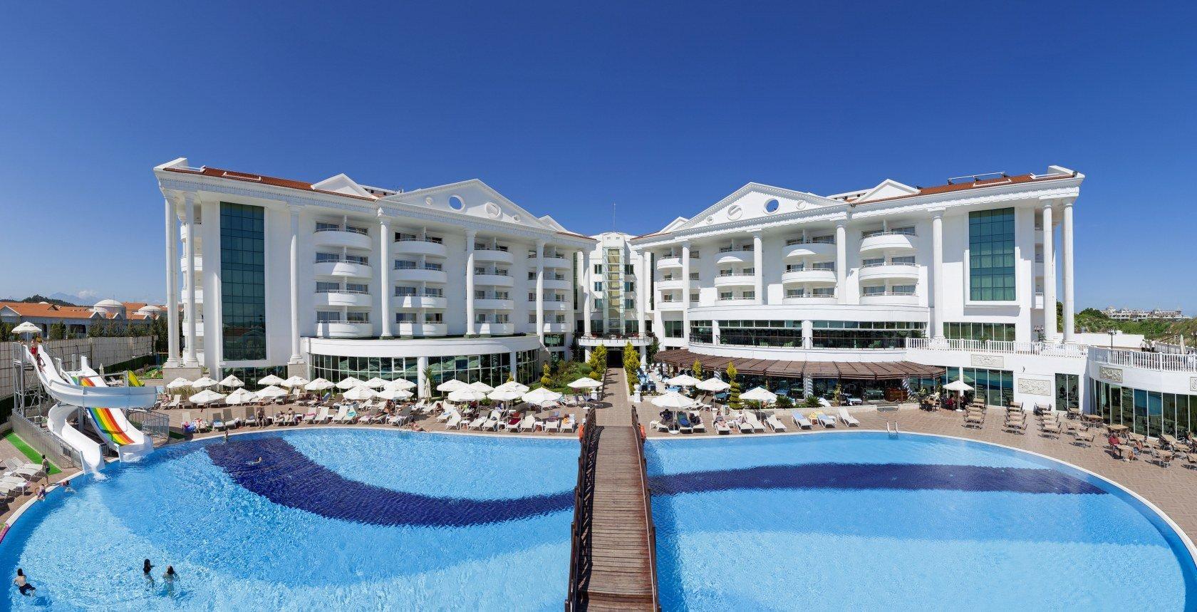 Beach Hotel - room photo 3057143