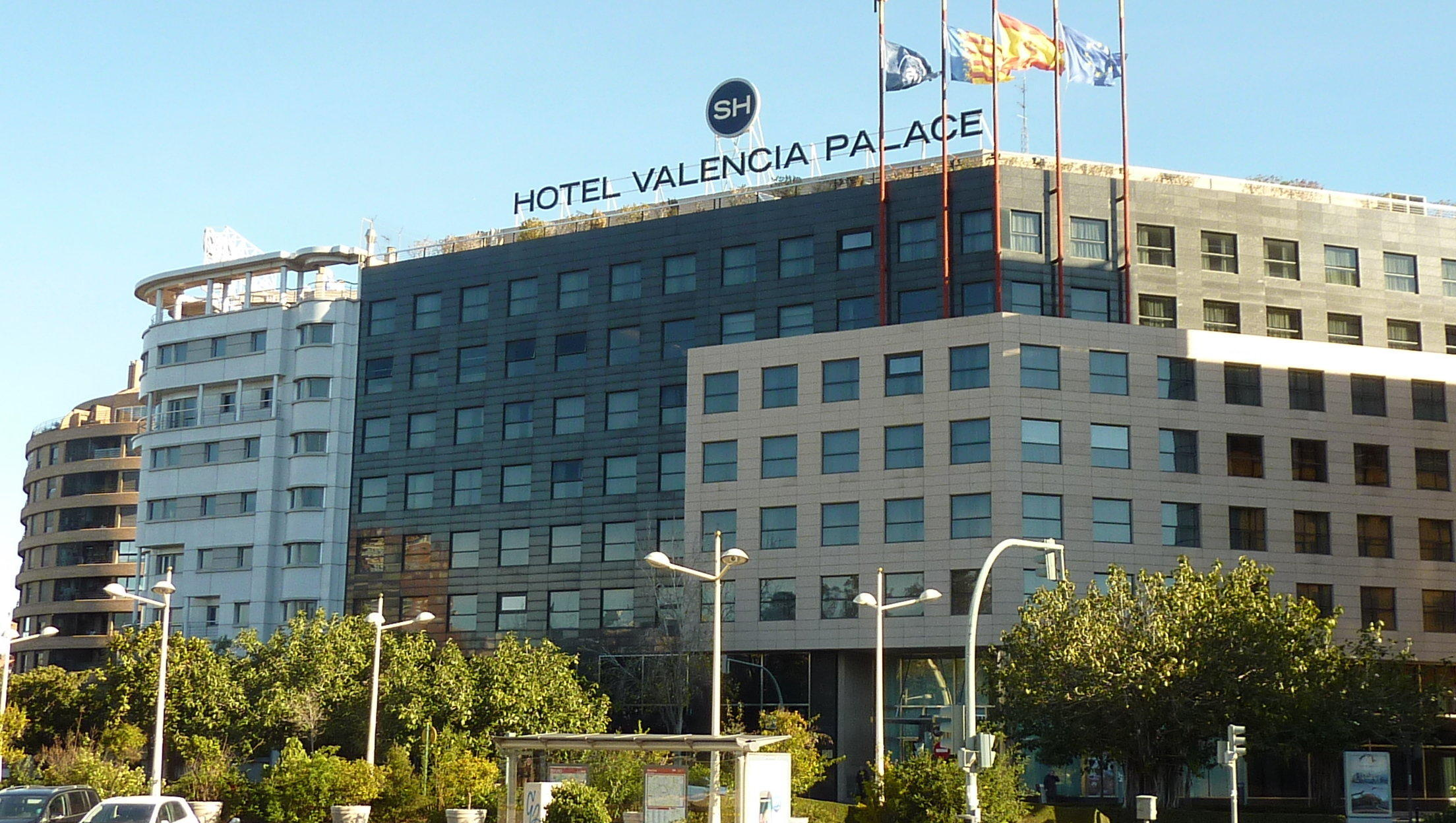 Hotel sh valencia palace in valencia holidaycheck for Top design hotels valencia