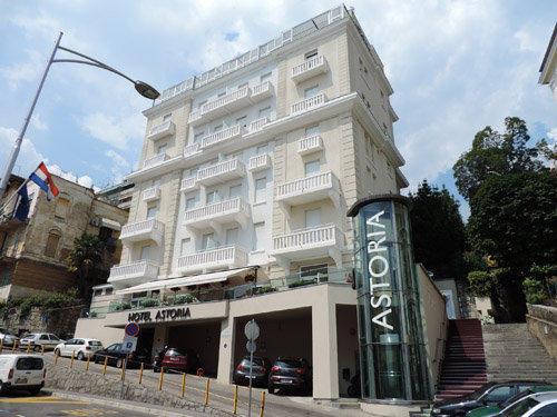 Astoria hotel opatija in opatija holidaycheck kvarner for Design hotel opatija