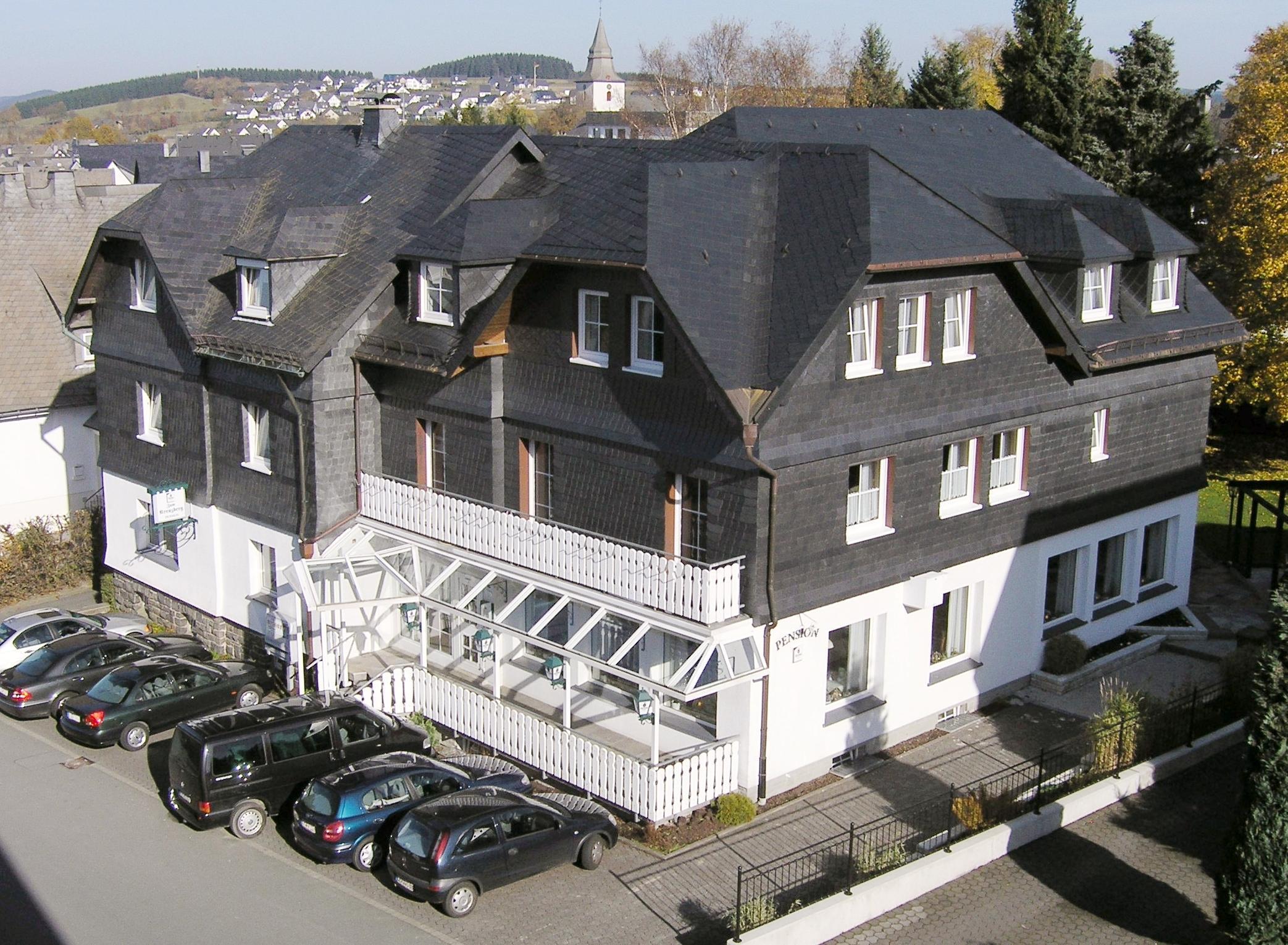 hotel pension zum kreuzberg in winterberg holidaycheck nordrhein westfalen deutschland. Black Bedroom Furniture Sets. Home Design Ideas