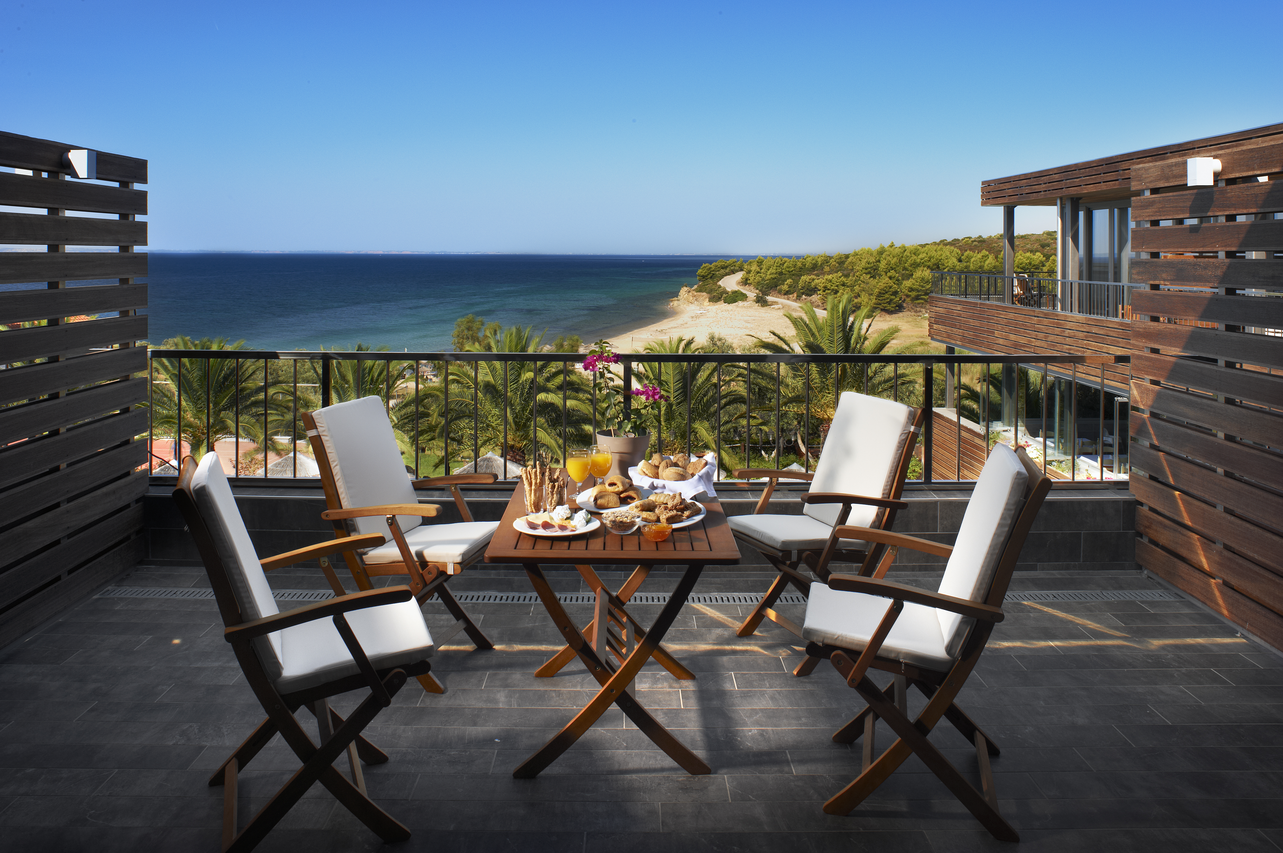 Anhemus Sea Beach Hotel