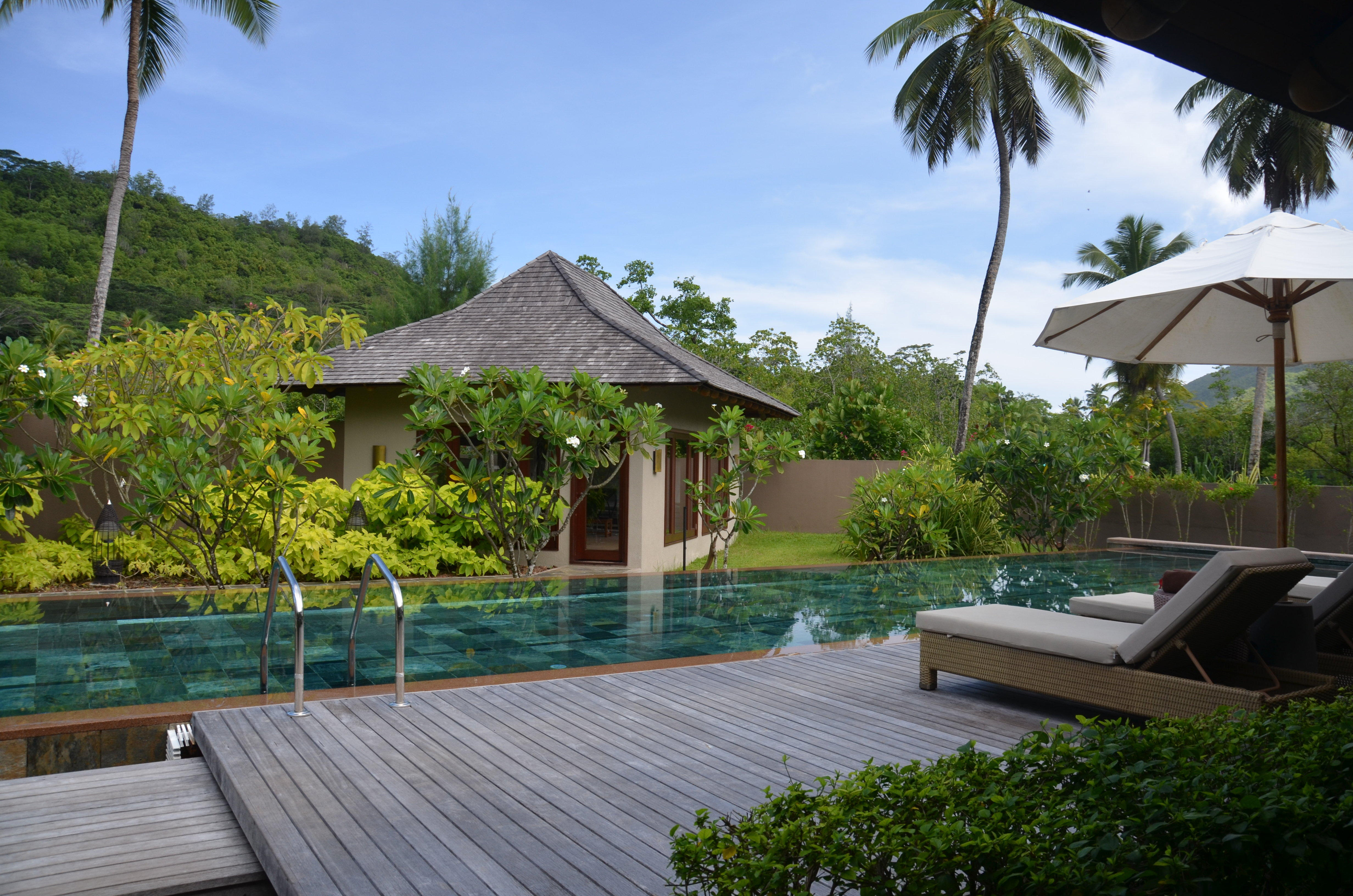hotel constance ephelia resort in port glaud. Black Bedroom Furniture Sets. Home Design Ideas