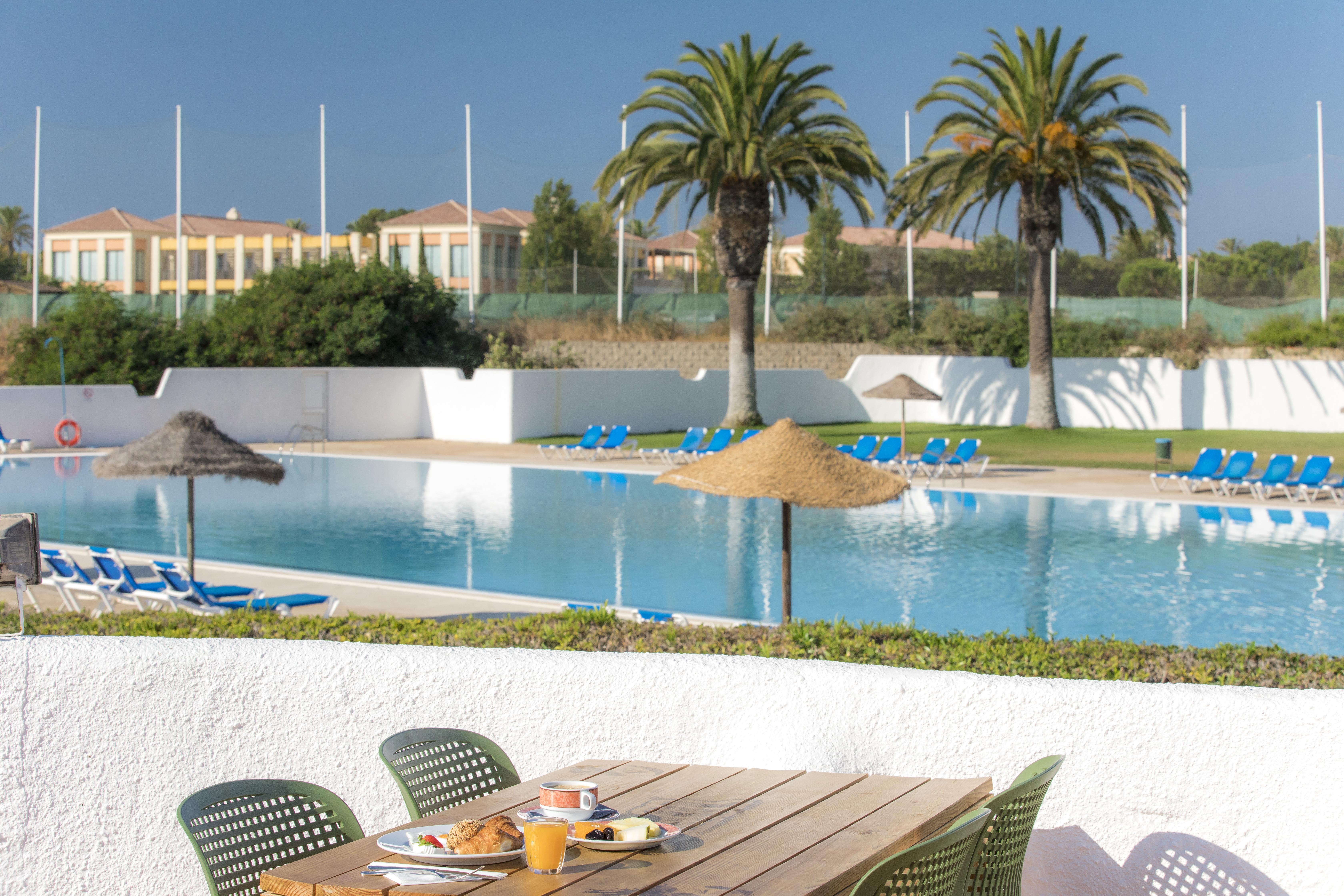 Hotel ancora in lagos holidaycheck algarve portugal for Ancora hotel