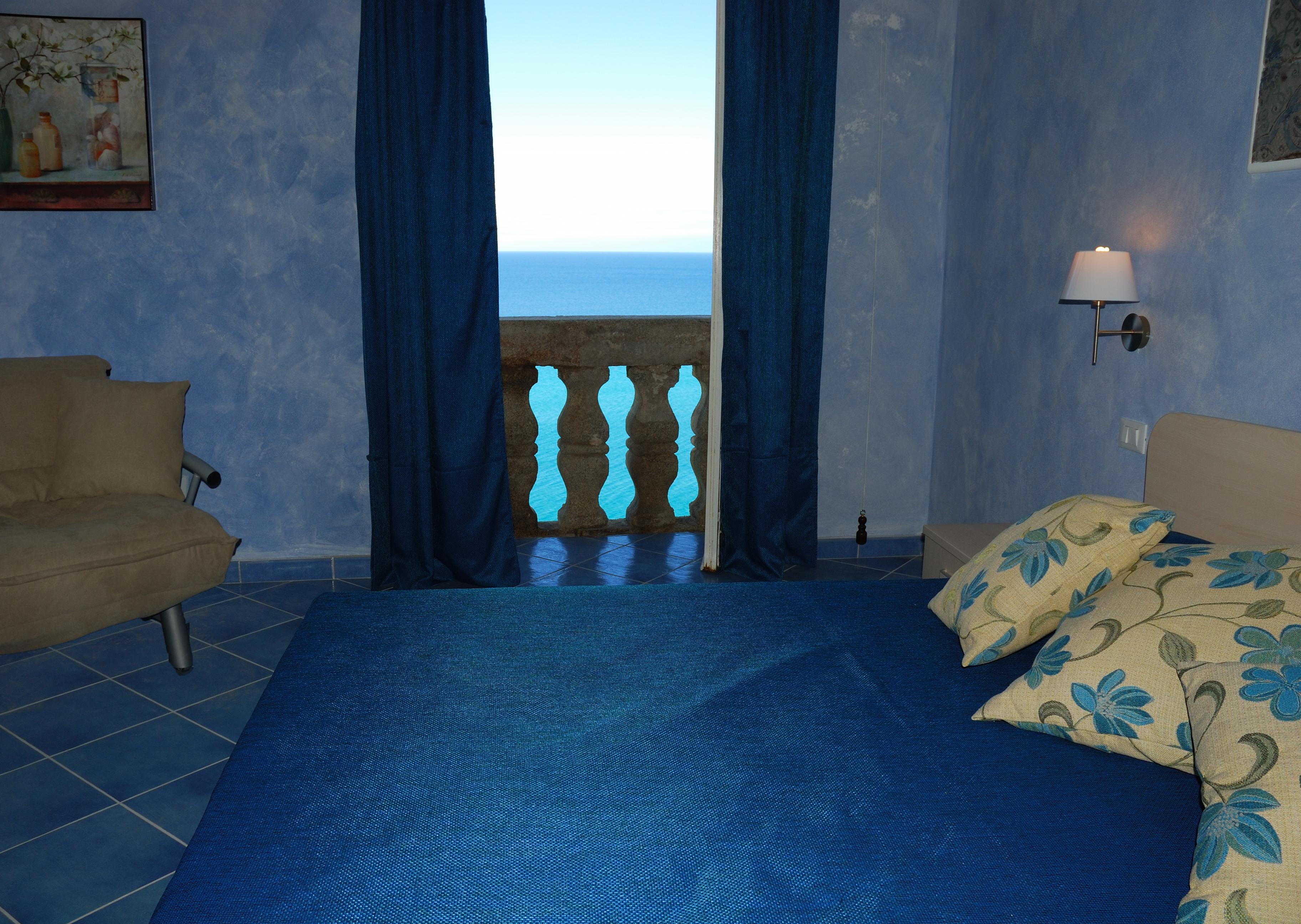 maison blu tropea in tropea holidaycheck kalabrien italien. Black Bedroom Furniture Sets. Home Design Ideas