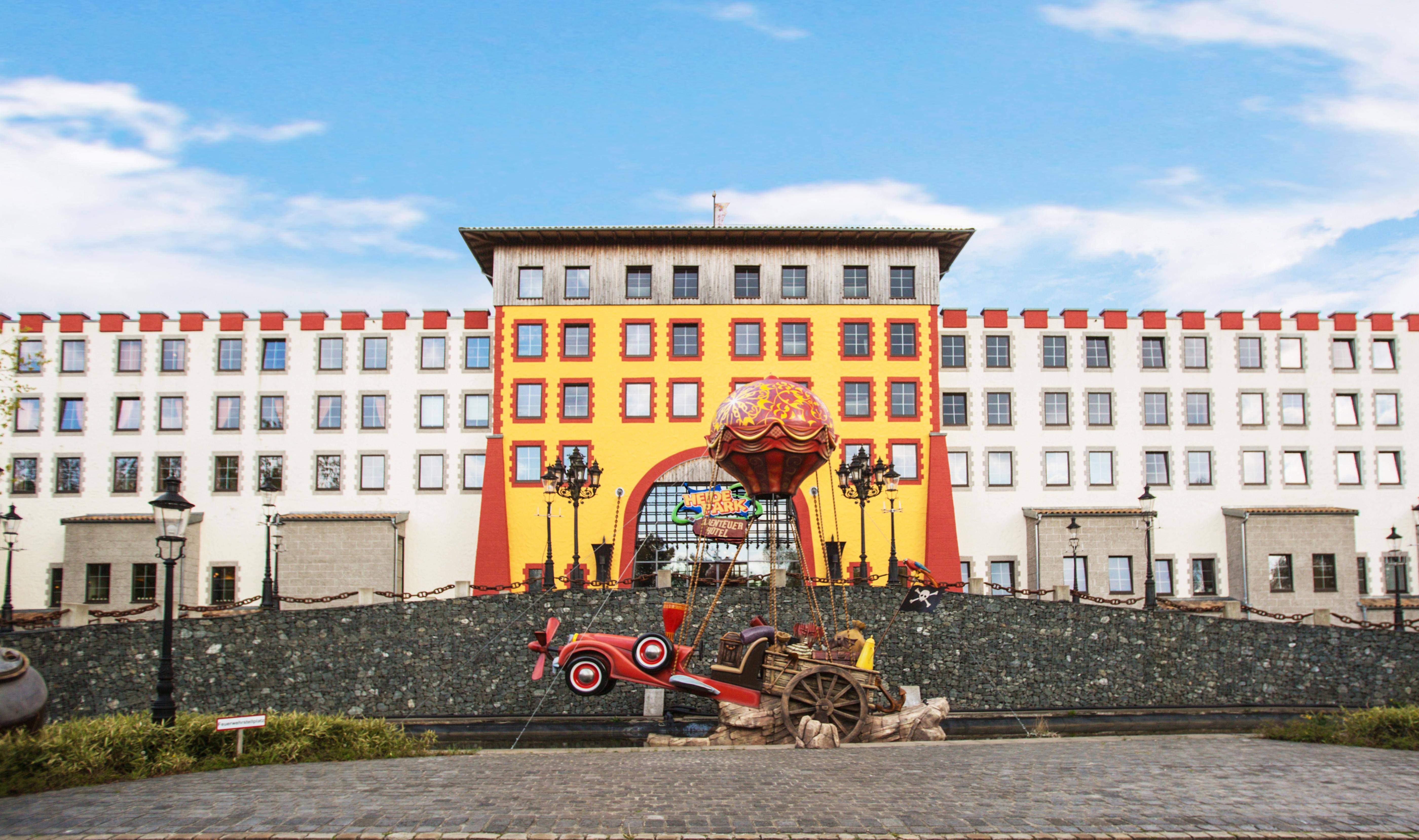 heide park abenteuerhotel in soltau holidaycheck niedersachsen deutschland. Black Bedroom Furniture Sets. Home Design Ideas