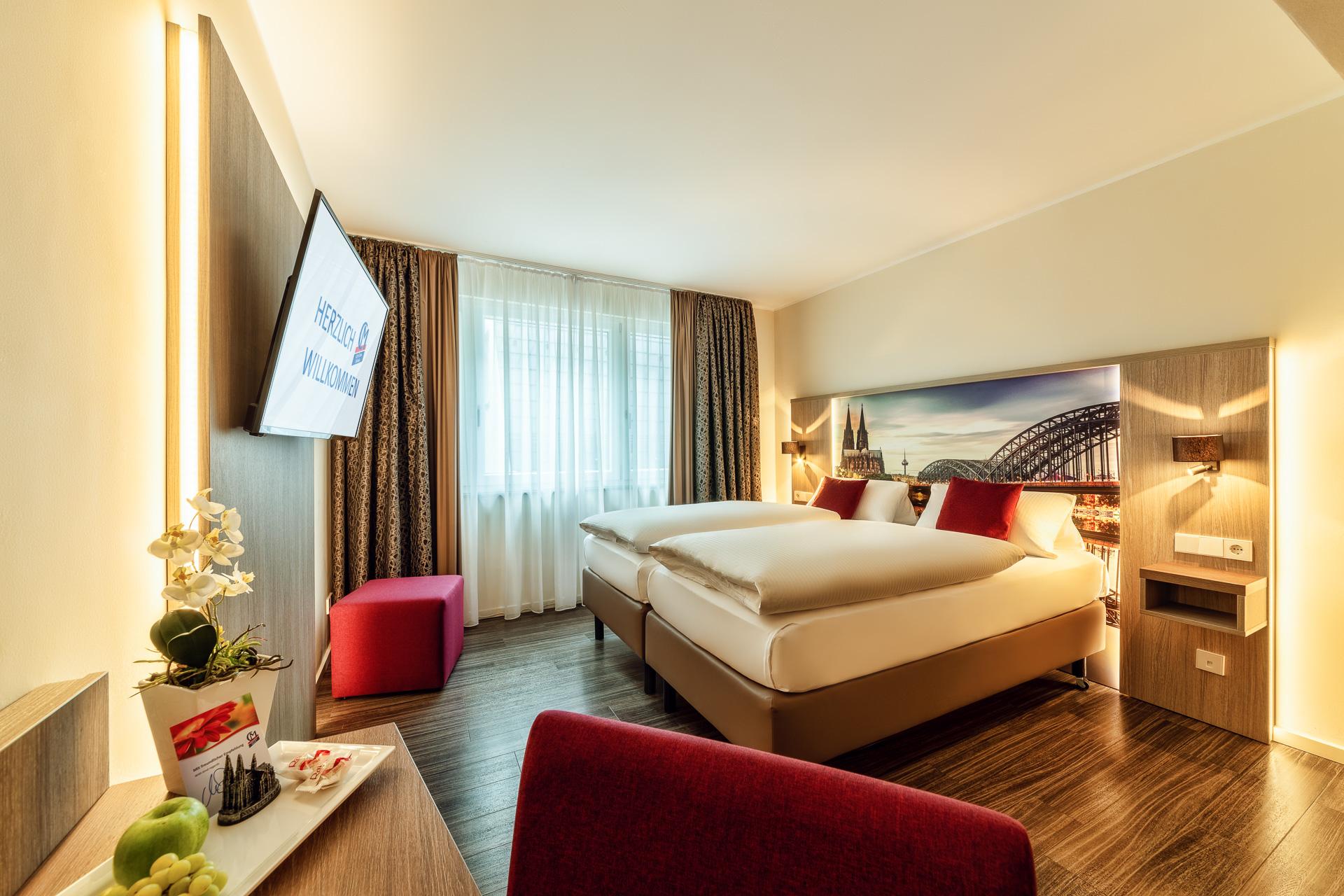 cityclass hotel caprice in k ln holidaycheck nordrhein westfalen deutschland. Black Bedroom Furniture Sets. Home Design Ideas