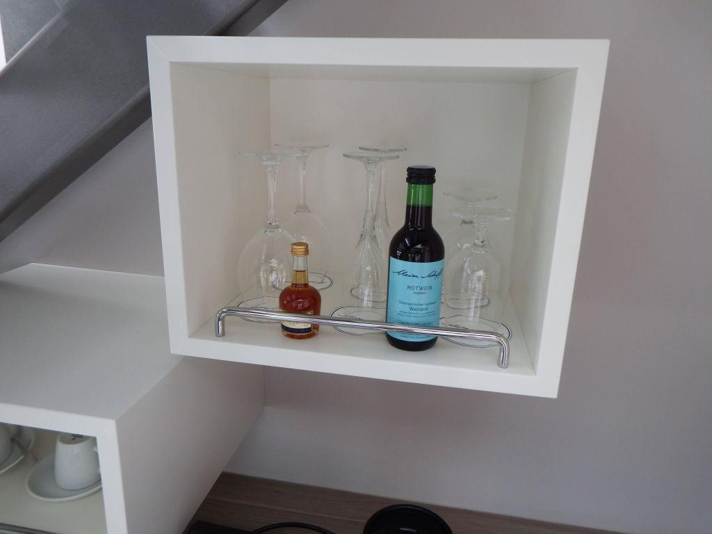 Minibar, warm\