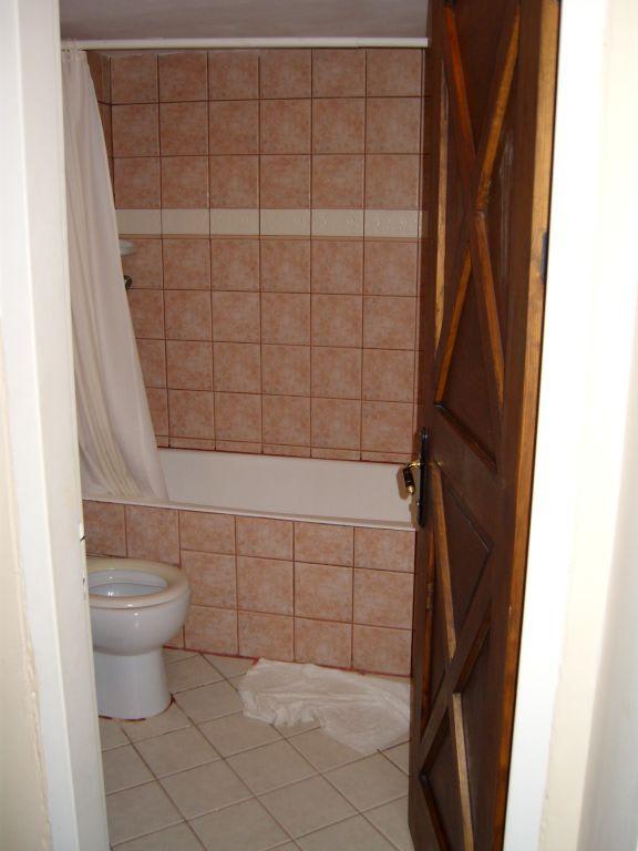 Bild badezimmer 80er jahre zu hotel barbaross pasha 39 s for Badezimmer 80er jahre
