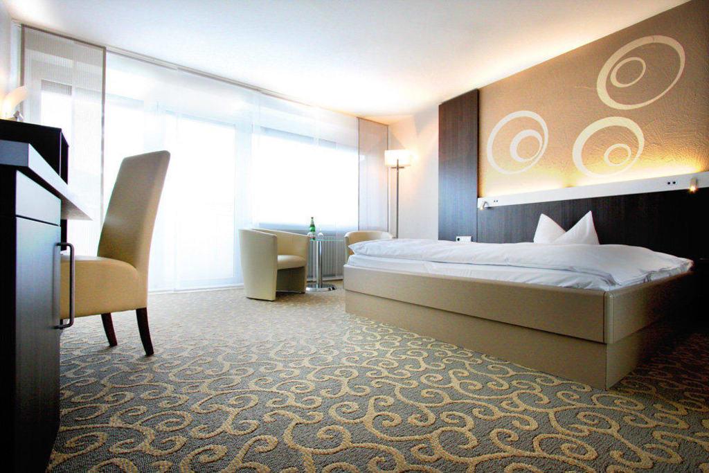 bild premium zimmer zu hotel frankenland in bad kissingen. Black Bedroom Furniture Sets. Home Design Ideas