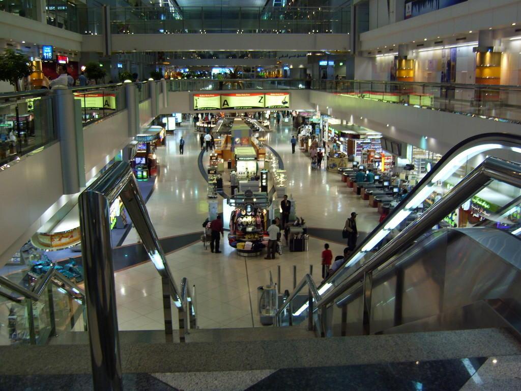 Bild Quot Gesch 228 Fte 252 Ber Gesch 228 Fte Quot Zu Flughafen Dubai Dxb