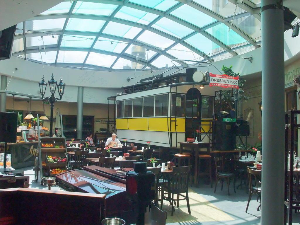 bild restaurant dresden 1900 zu dresden 1900 museumsgastronomie in dresden. Black Bedroom Furniture Sets. Home Design Ideas