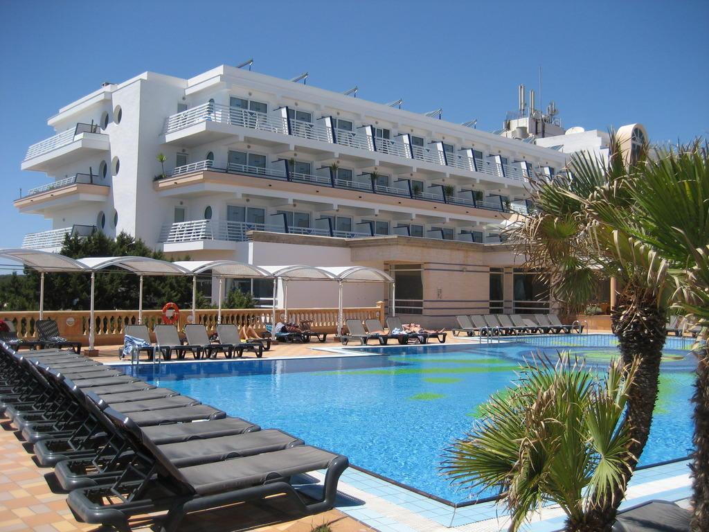Bild sch ne gepflegte hotelanlage zu hotel insotel for Hotel formentera playa