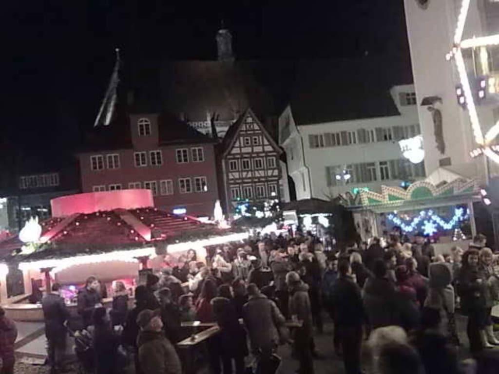 Schwäbisch Gmünd Weihnachtsmarkt.Bild Buden Zu Weihnachtsmarkt Schwäbisch Gmünd In Schwäbisch Gmünd