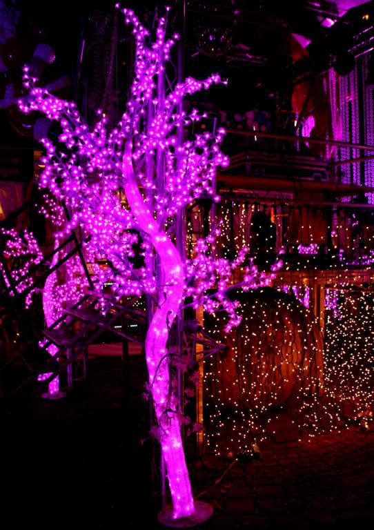 Pinker Weihnachtsmarkt.Bild Alles In Rosarot Zu Weihnachtsmarkt Pink Christmas In