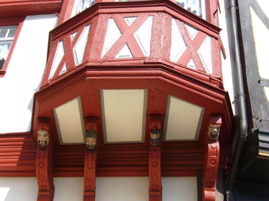 Bild Fachwerk Balkon Am Kornmarkt Zu Stadtfuhrung Limburg In Limburg