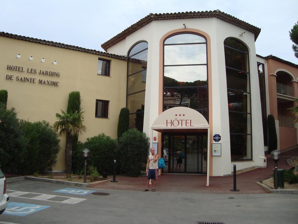 Bild Hoteleingang Zu Hotel Les Jardins De Sainte Maxime