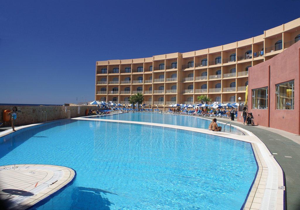 "Bild ""Fish shape seawater pool"" zu Paradise Bay Resort Hotel in ..."