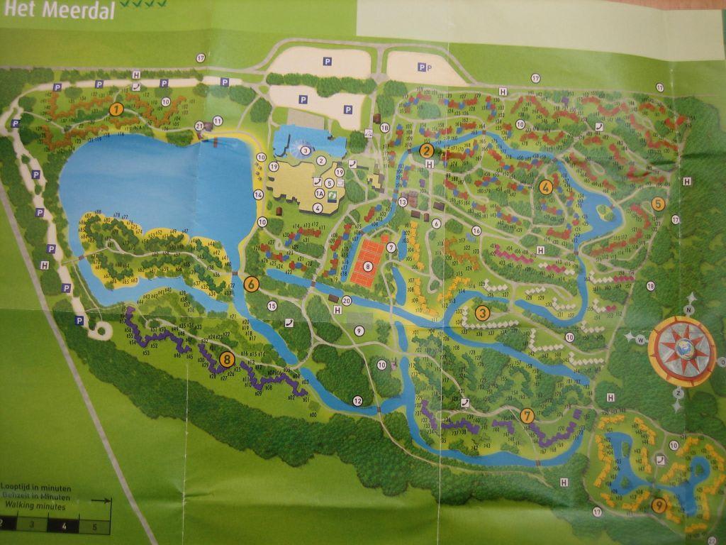 bild parkplan zu center parcs het meerdal in horst aan de maas. Black Bedroom Furniture Sets. Home Design Ideas
