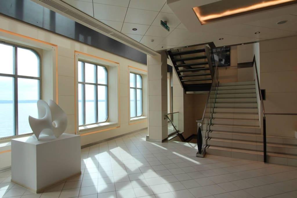 Bild Treppenhaus Modern U Gepflegt Zu Ms Europa 2 In