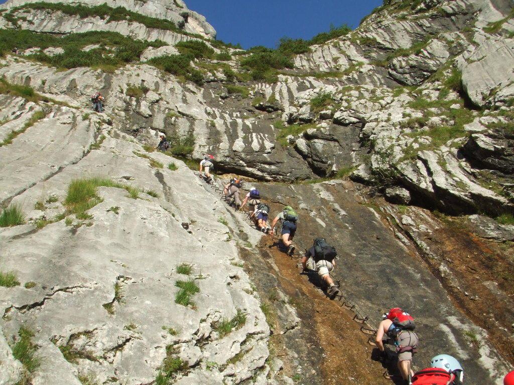 Klettersteigset Zugspitze : Klettersteig durchs höllental auf die zugspitze tour