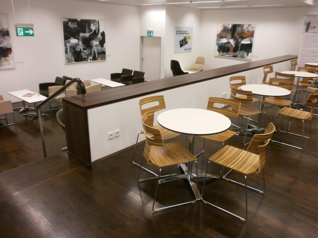 Bild Kleiner Raum Der Lounge Zu Jet Lounge In Wien