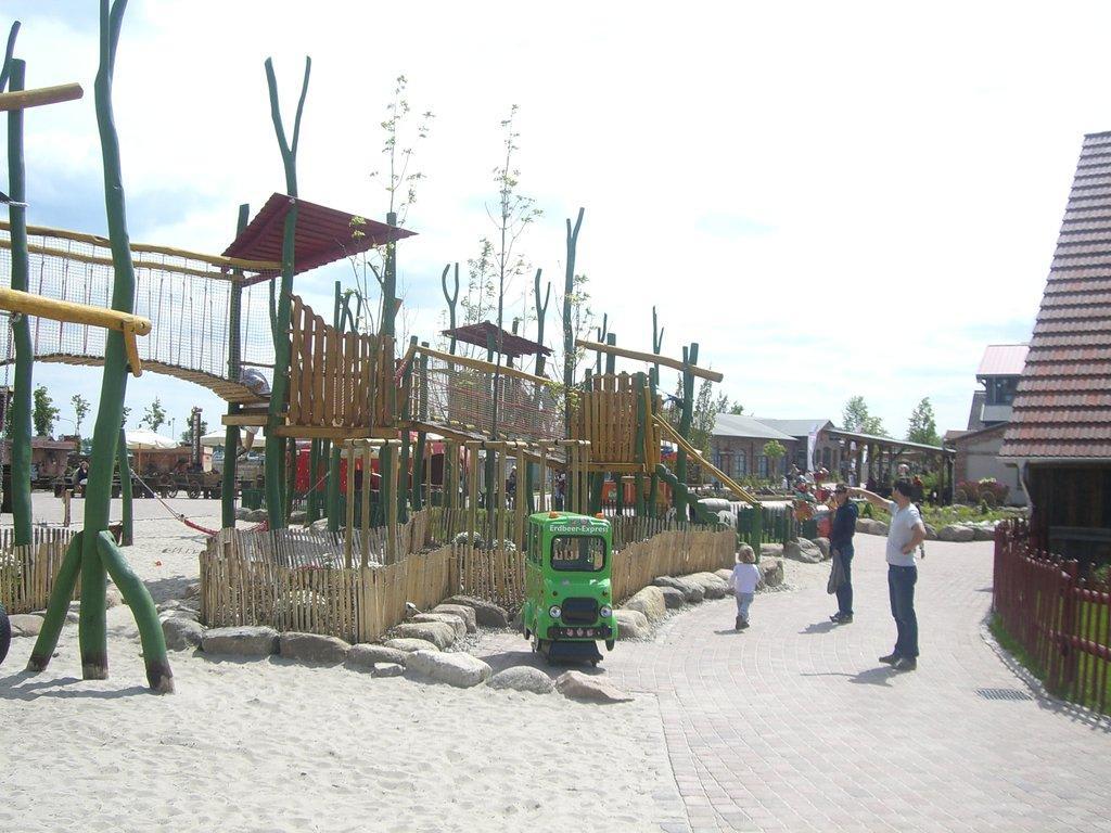 Klettergerüst Test : Spielplatz test das glötter piratenschiff ist der hit bei den