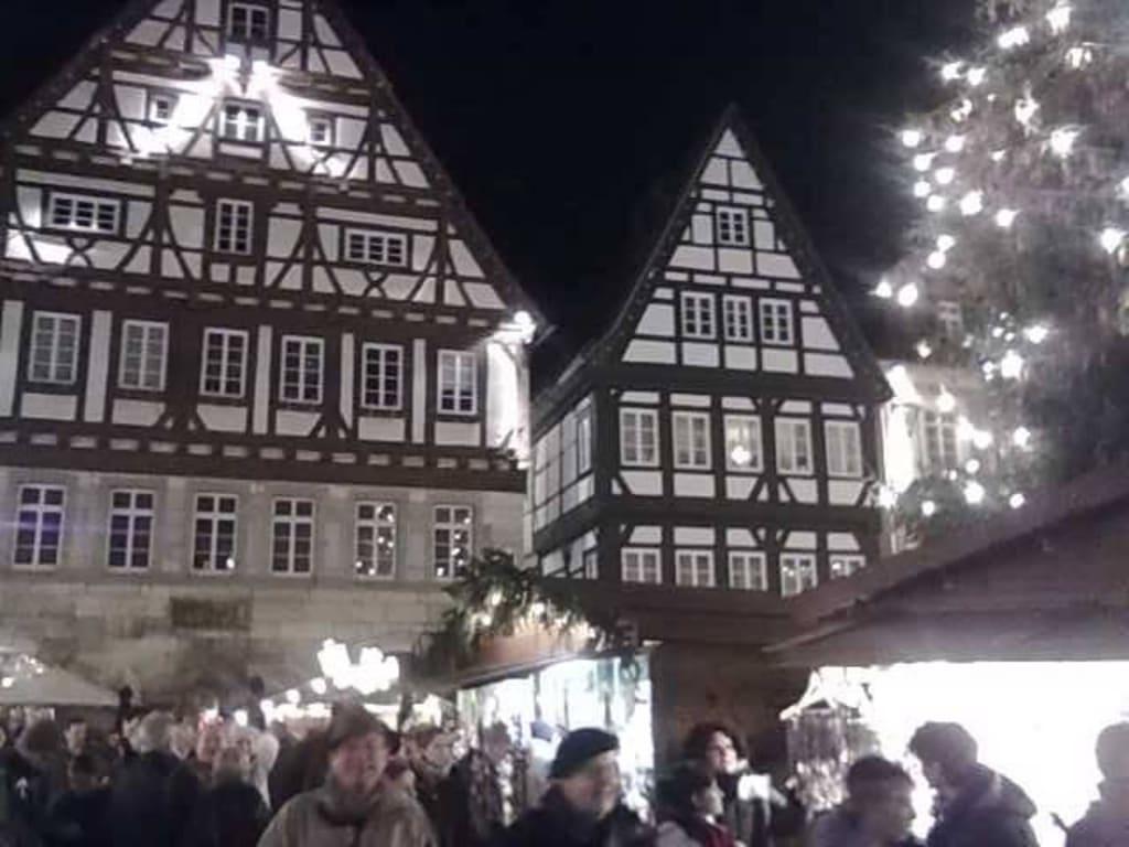 Schwäbisch Gmünd Weihnachtsmarkt.Bild In Der Altstadt Zu Weihnachtsmarkt Schwäbisch Gmünd In