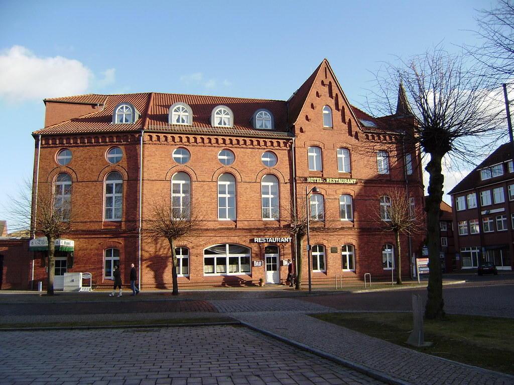 Bild schickes kleines hotel zu hotel zur eldenburg in l bz for Schickes hotel