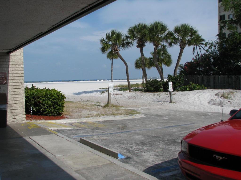 Bild Motel Mit Direktem Strandzugang Zu Wyndham Garden Hotel Fort Myers Beach In Fort Myers Beach