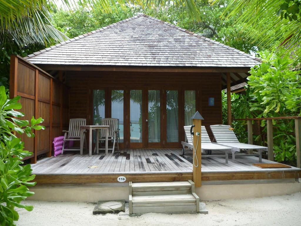 Veligandu Island Resort Jacuzzi Beach Villa