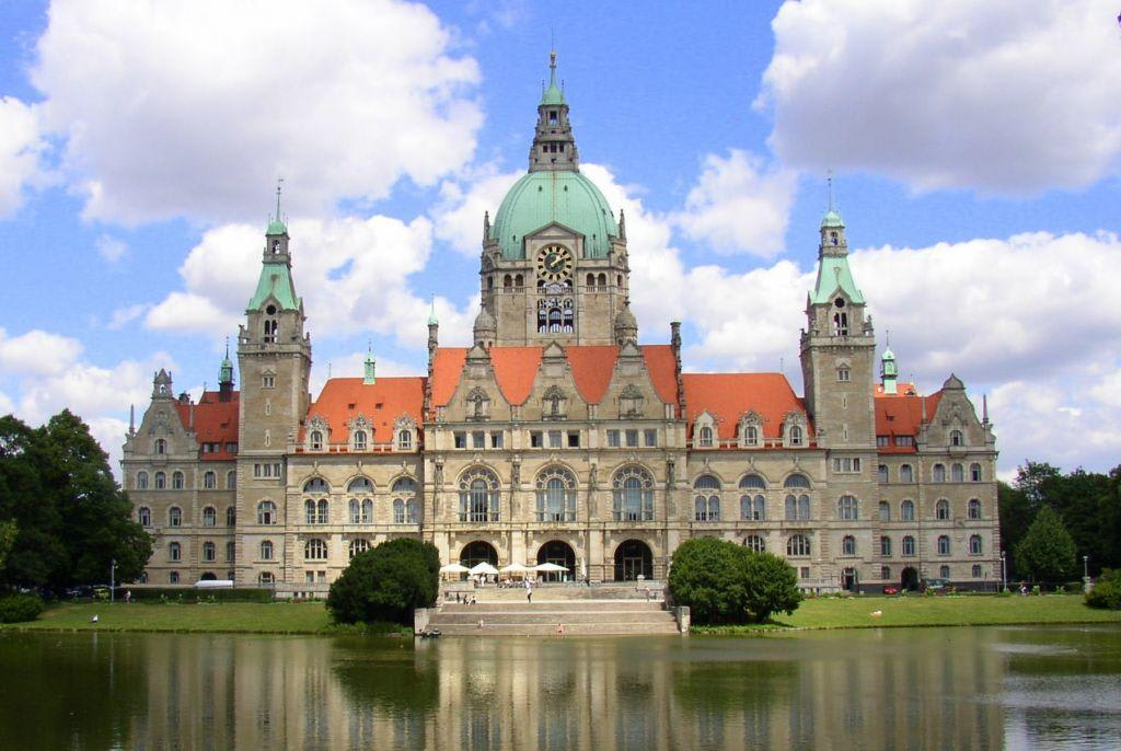 bild neues rathaus hannover zu neues rathaus am maschpark in hannover. Black Bedroom Furniture Sets. Home Design Ideas