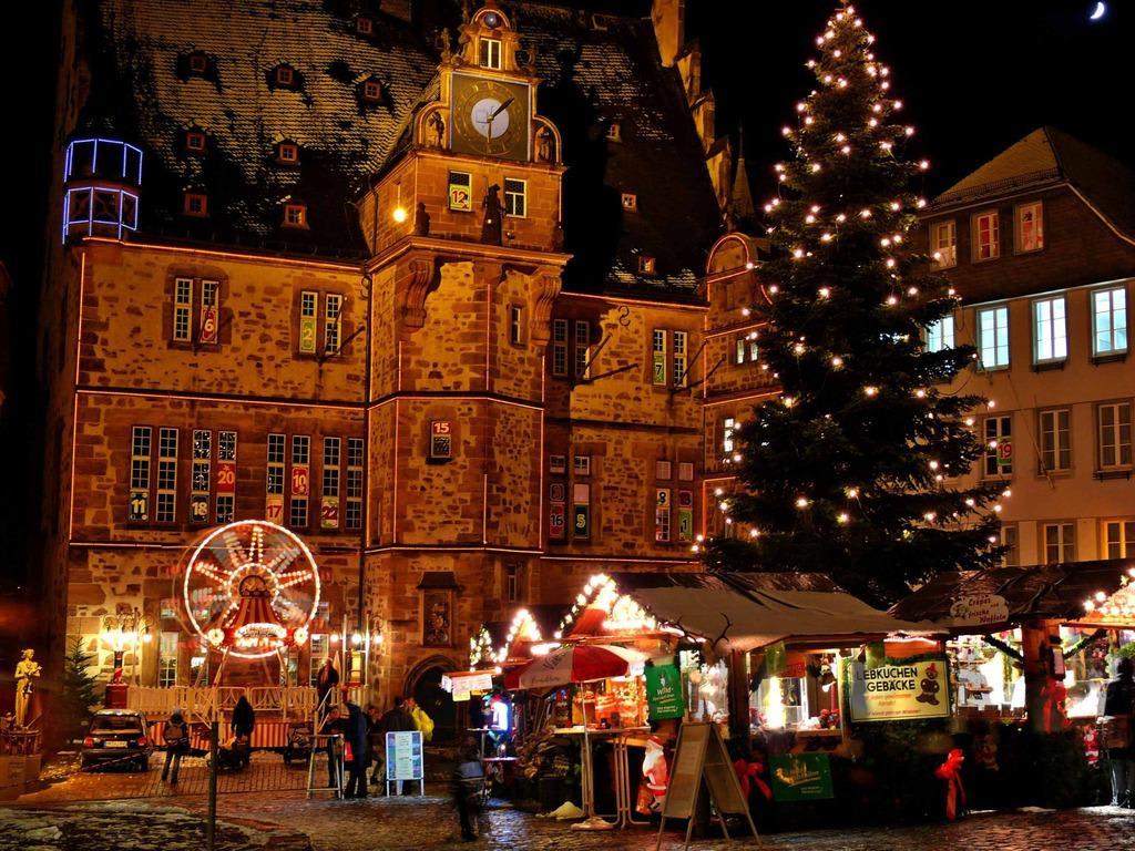 öffnungszeiten Weihnachtsmarkt Marburg