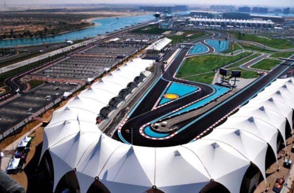 bild yas marina circuit abu dhabi zu formel 1 strecke yas marina circuit in abu dhabi. Black Bedroom Furniture Sets. Home Design Ideas