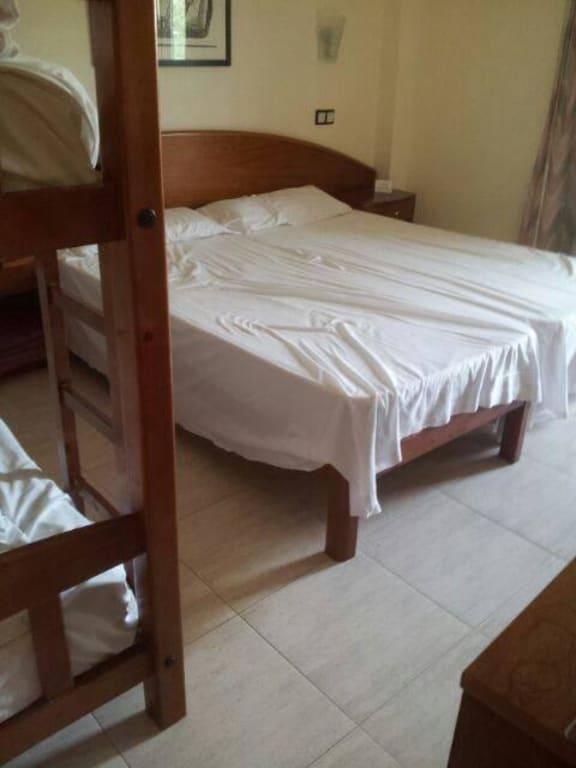 9 quadratmeter zimmer alles ber wohndesign und m belideen. Black Bedroom Furniture Sets. Home Design Ideas
