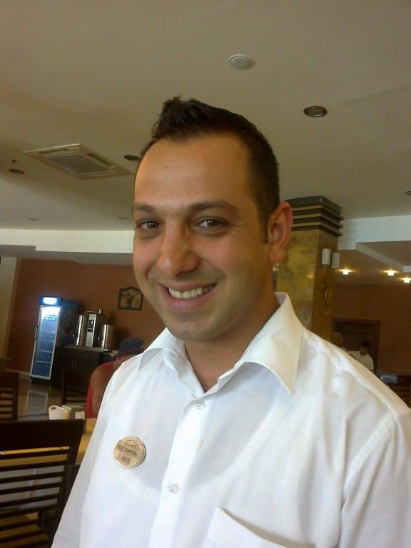 Ali IL ist uns ein ganz lieber Freund geworden Bilder Restaurant & Büffet Alaiye Resort - 1166315961