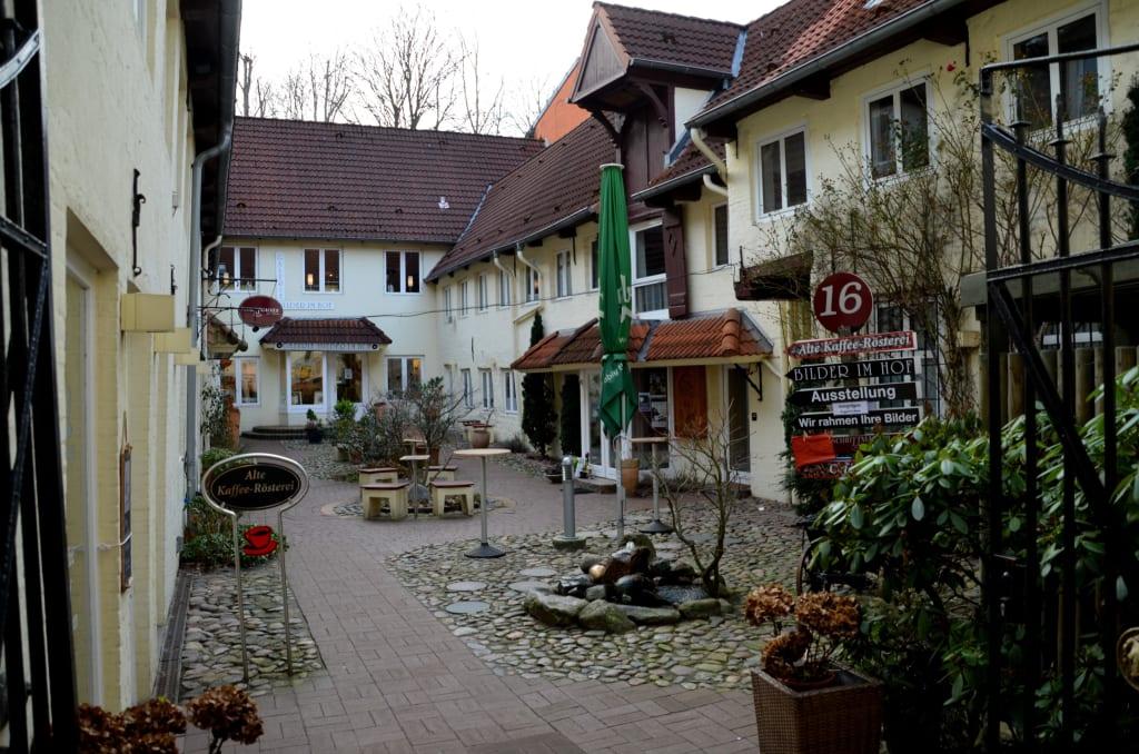 Bild Hinterhof Zu Altstadt Flensburg In Flensburg
