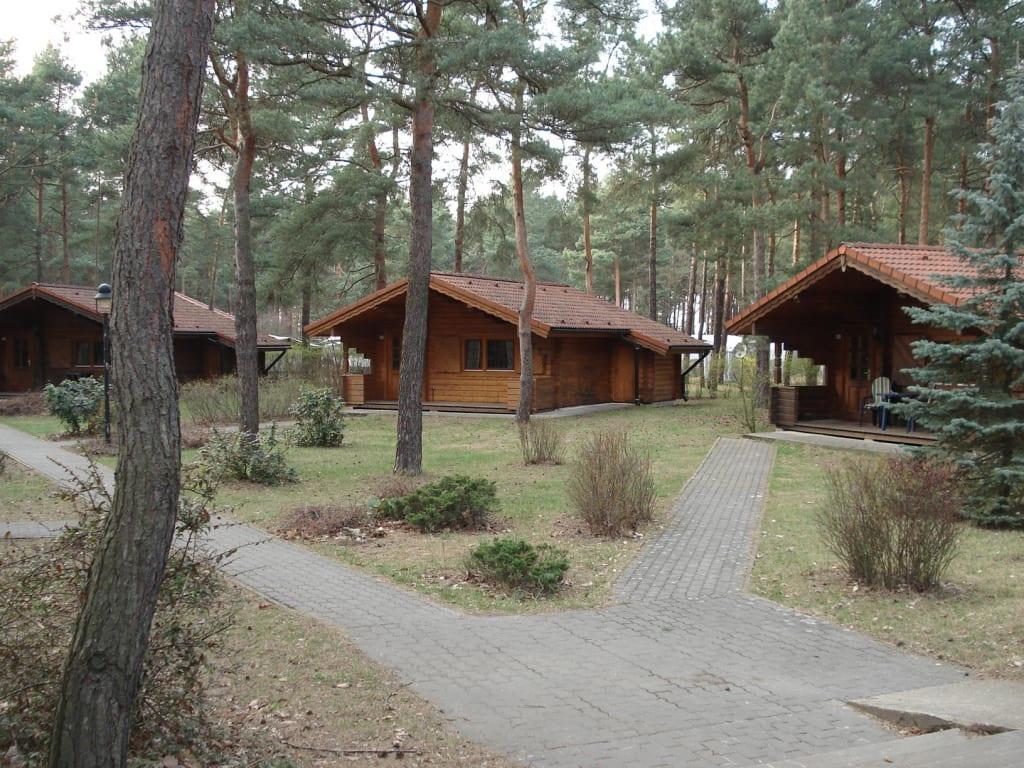 bild bungalow tirol zu familienpark senftenberger see. Black Bedroom Furniture Sets. Home Design Ideas